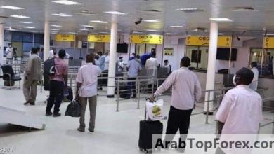 """صورة السودان.. """"فوضى السفر"""" ترفع تذاكر الطيران 500 بالمئة"""