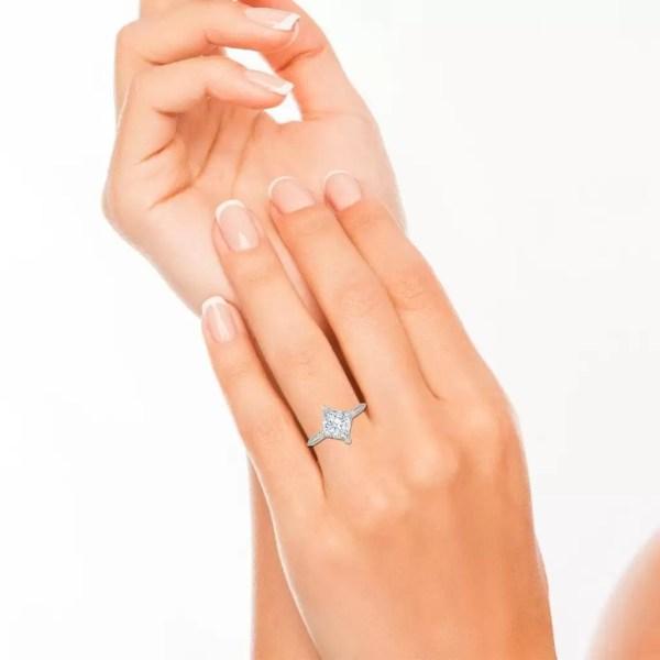 4 Prong 0.75 Carat VS1 Clarity F Color Princess Cut Diamond Engagement Ring White Gold 4