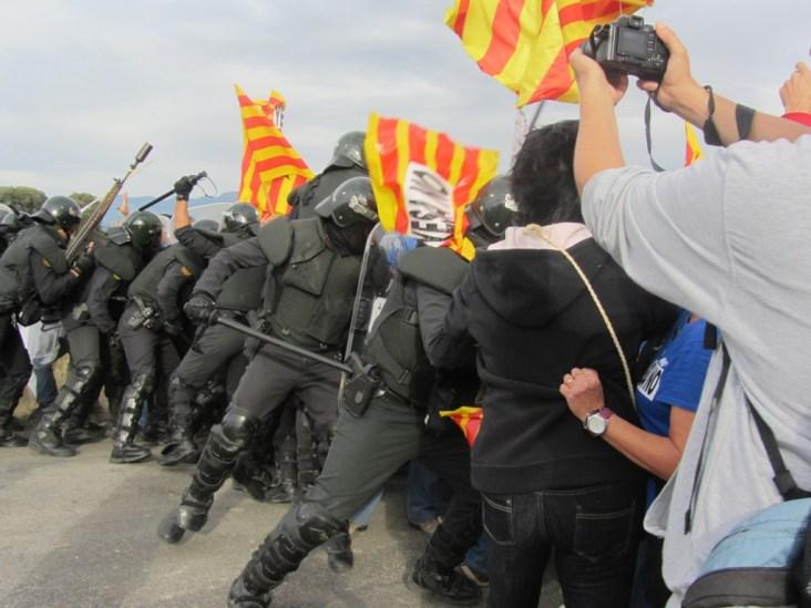 Resistencia popular en Artieda. Archivo: @arainfonoticias