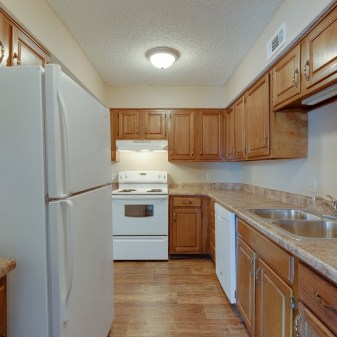 Aragon Apartments, 2 Bedroom, Kitchen