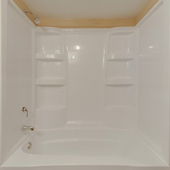 Aragon Apartments, 2 Bedroom, Bathroom