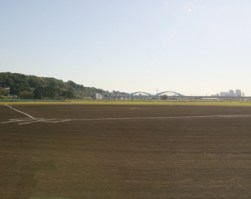 【駐車場】多摩川緑地広場硬式野球場周辺の駐車場ガイド