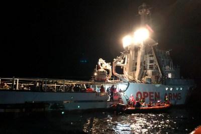 La Policía italiana paraliza el barco de rescate 'Open Arms' acusado de fomentar la inmigración ilegal