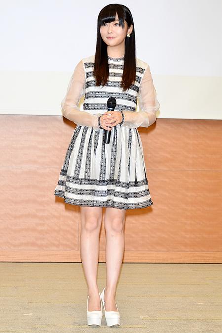 HKT48's Rino Sashihara exposes rude SMAP fan on Twitter