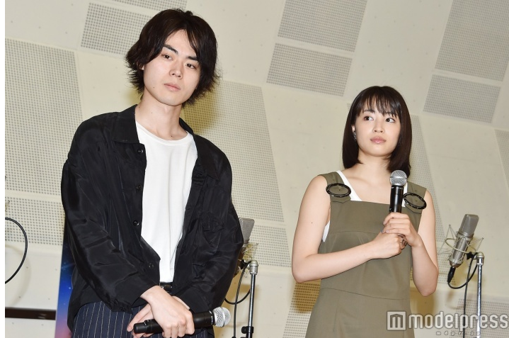 "Suda Masaki & Suzu Hirose attend press conference for ""Fireworks, Should We See It from the Side or the Bottom?"""