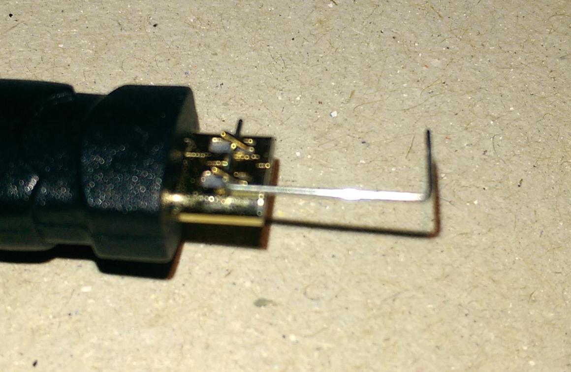 Quick Fix: Fixing a loose Micro USB Cable | A Rambling Geek
