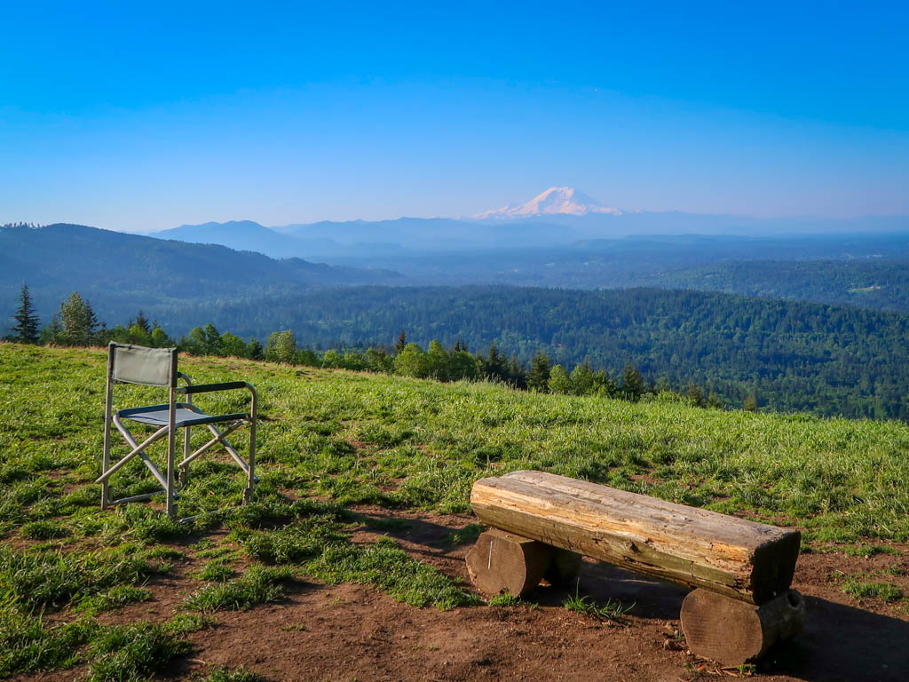 View of Mount Rainier on the Poo Poo Point Chirico Trail