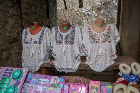 Tourist shops inside Râșnov Fortress.