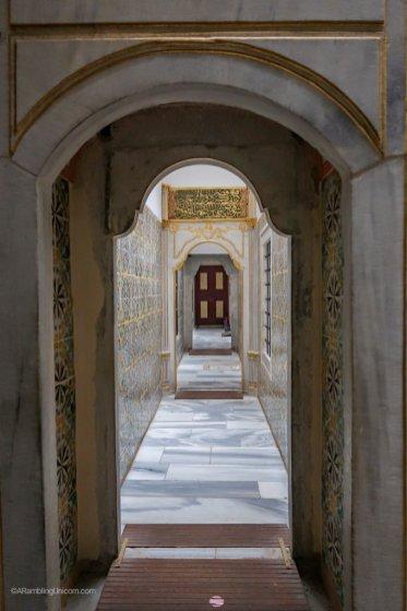 Topkapı Palace Harem - Entrance to the baths
