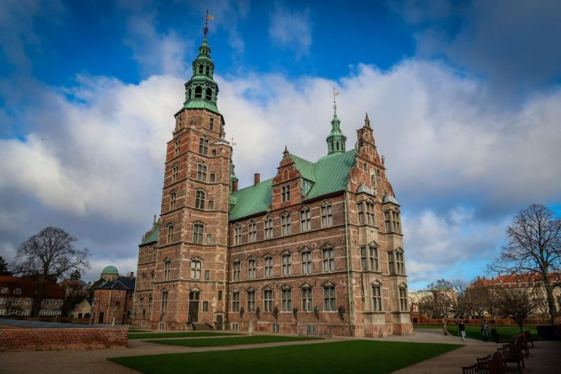 Copenhagen Blog: The back side of Rosenborg Castle
