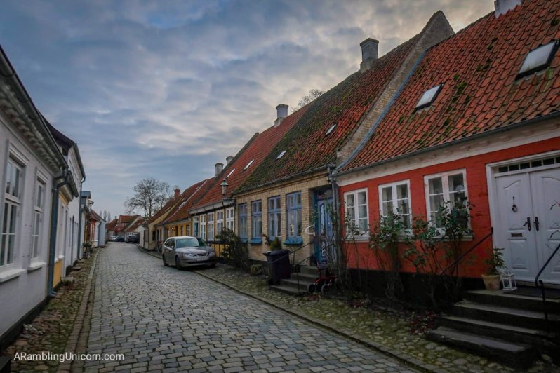 I really can't get enough of these charming houses