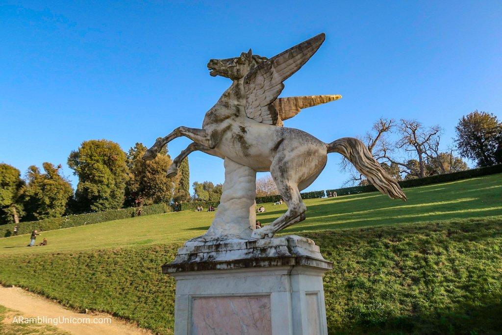 Pegasus statue? Yes please!