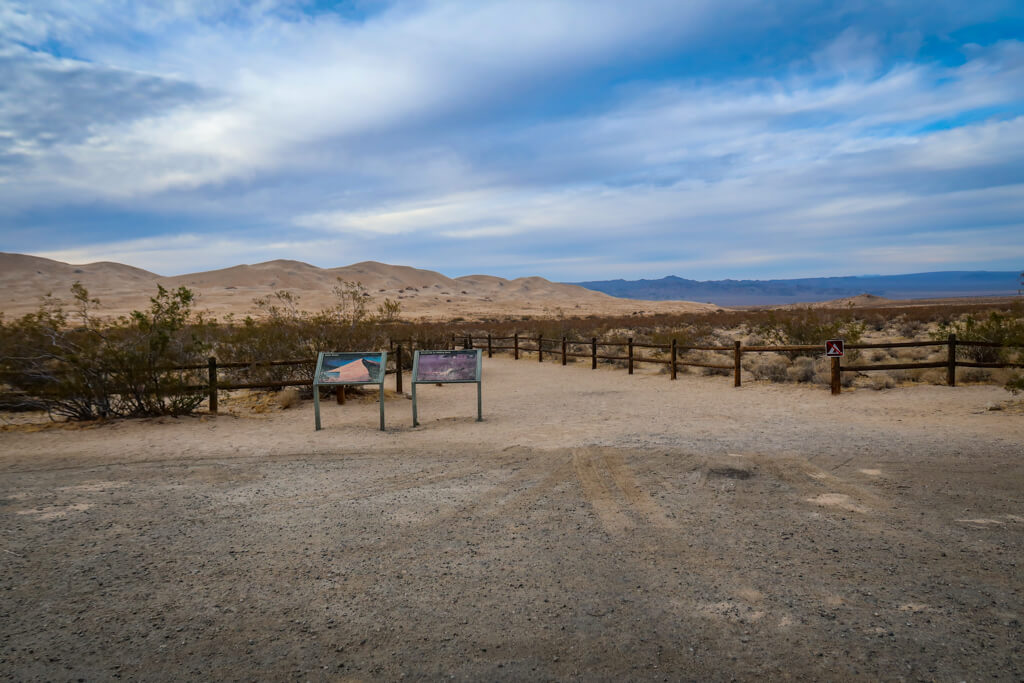 Kelso Dunes Trailhead