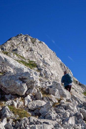 Última pala para alcanzar la cima del Amboto