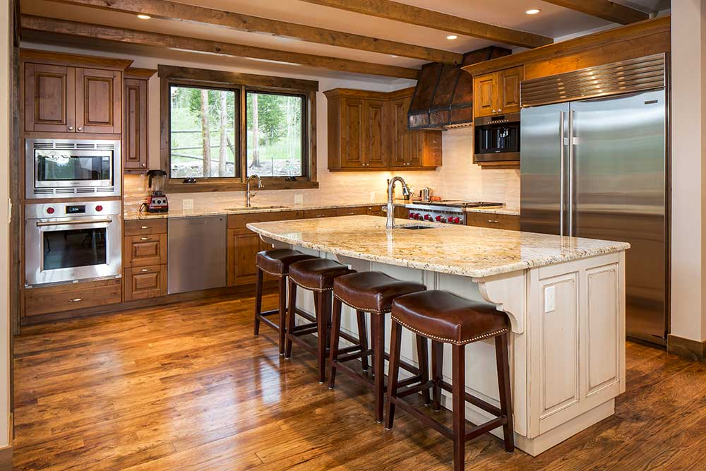 4 OClock Custom Home Kitchen