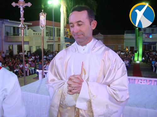 Igreja Matriz de Araripina ganha novo Pároco