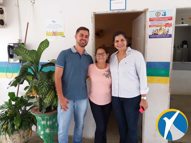 Primeira-dama faz visita a Escola Luzanira Ramos