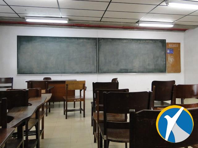 Escolas deverão notificar Conselho Tutelar se alunos faltarem a mais de 30% das aulas
