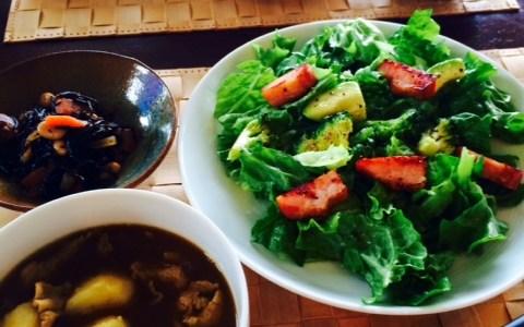 今日のヘルシーランチ@煮物と、スープと、サラダ。