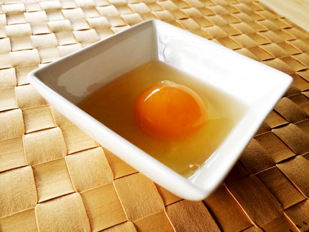 淡路島のたまご 自動販売機で売ってる新鮮卵@北坂養鶏場