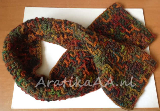 Freeform Intermeshing Scarf in Autumn colors