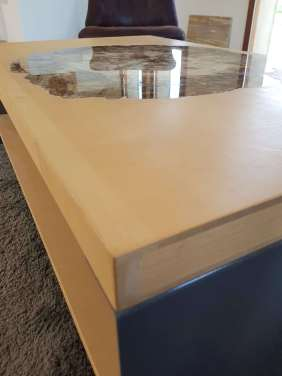 Table Venus-3
