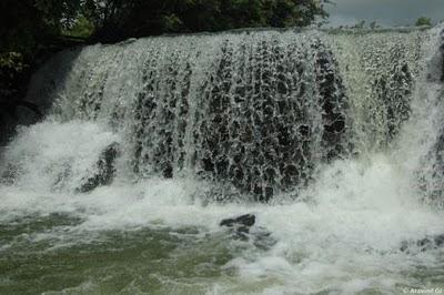 Nipli falls and dam