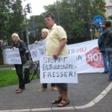 160621_maritim_schreiner+partner-protest_aktion-arbeitsunrecht_stoppt-betriebsraete-fresser_320pxl