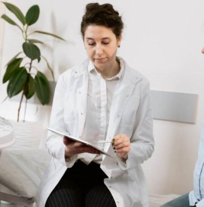 elfe aquarelle cheveux verts