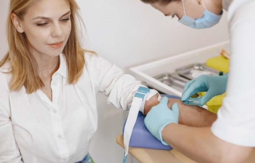halloween monstre langue