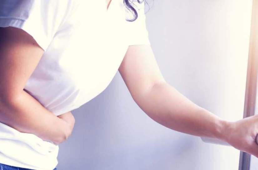 neige traces de pas chat Aujourd'hui véhicule