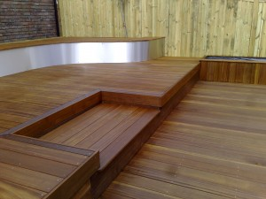 The Arbworx trademark timber decking, responsibly sourced hardwood with stainless steel seating area