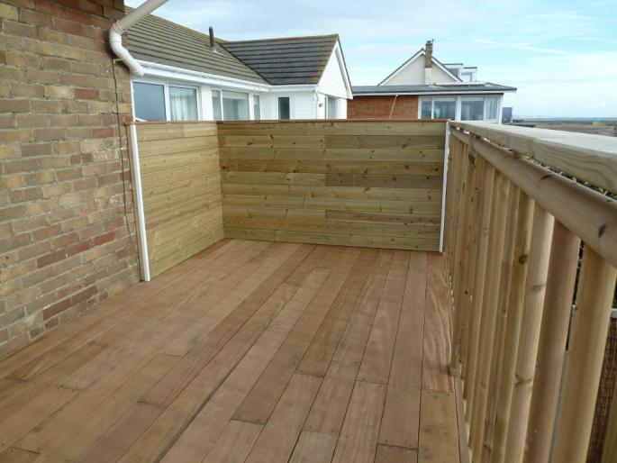 Seafront decking balcony in Garapa hardwood, Shoreham (3)