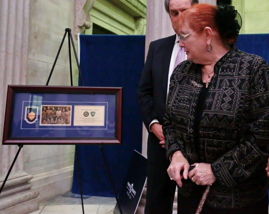 Lost Purple Hearts returned to families of deceased soldiers