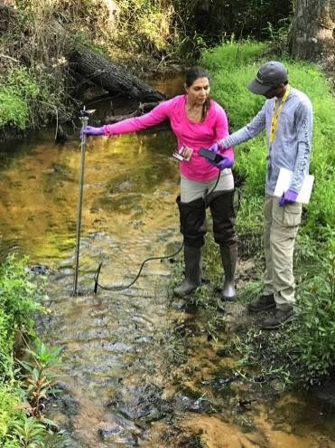 Dr. Mahmoudi, Post-Doc Associate & Ron Hariprashad, #DOEFellow, @SRSNews conducting fieldwork with Savannah River Ecology Lab reseach team