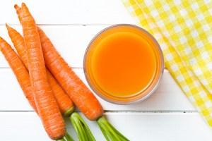 Xarope caseiro de cenoura