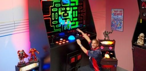 """New """"World's Largest"""" Arcade Cabinet Plus Some History On Big Arcades"""