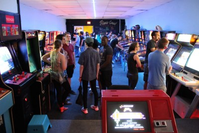 Dave & Busters – Arcade Heroes