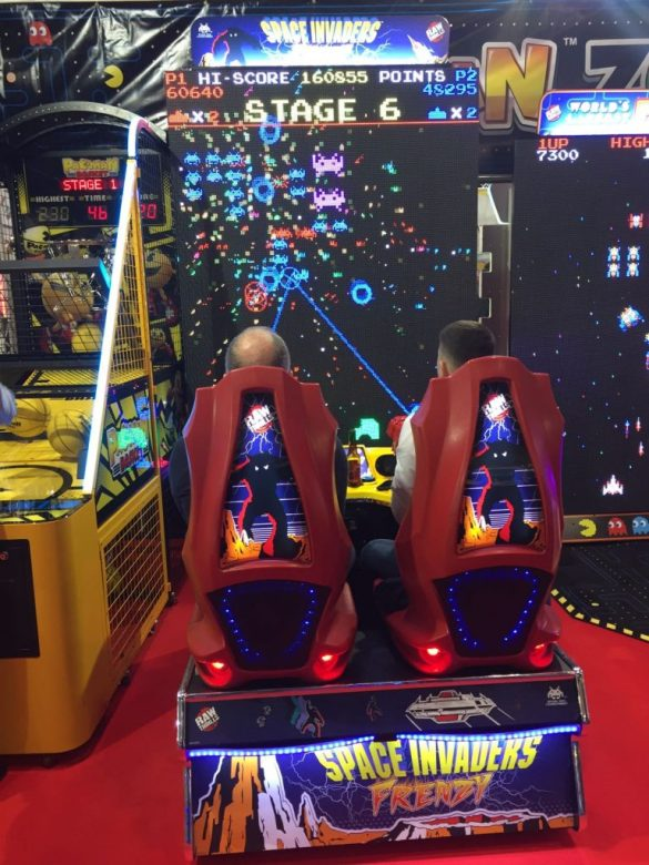 Space Invaders Frenzy EAG 2017
