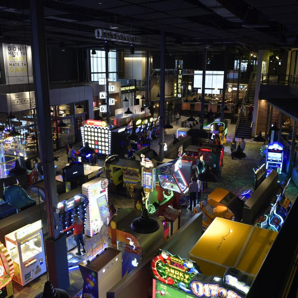 Arcade Heroes Cineplex Rec Room to open several large Entertainment ...