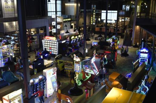 Cineplex Rec Room to open several large Entertainment Centers across Canada in 2017 and beyond