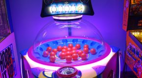 Meet ICE's New Game: Screw Ball and watch me get the Jackpot while playing it
