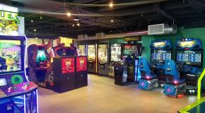 Location News: Subpar Mini Golf (CA);1985 Arcade Bar + Grill (KS); Ryan Family Amusements (MA); & More Upcoming