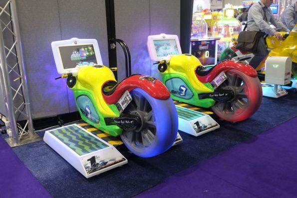 Moto 3 kiddie ride videogame