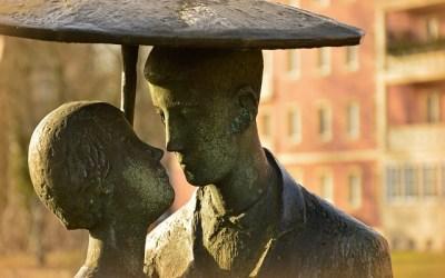 É possível ser feliz nos dias de hoje? A fragilidade das relações interpessoais: adicionando e deletando pessoas