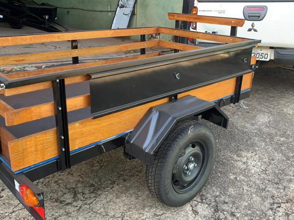 Carreta Fazendinha mista carga / 1 moto 1,10 x 2,00