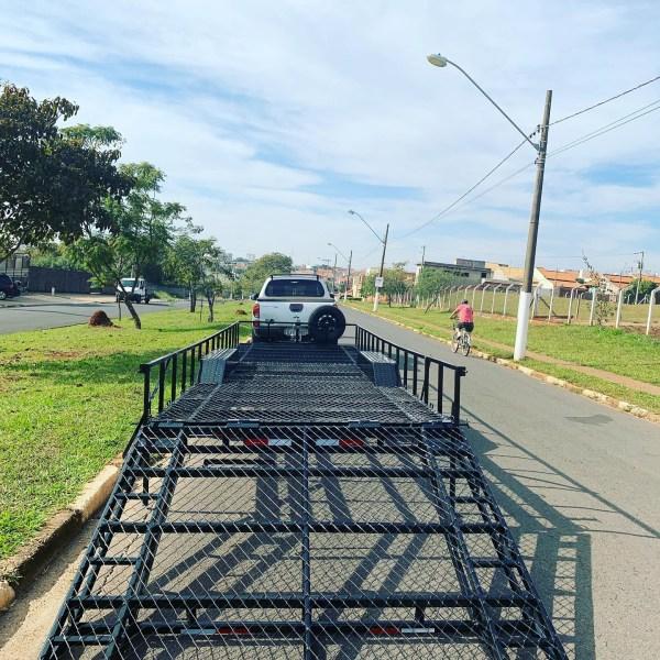 Carreta para transporte de veículo ou 2 utv
