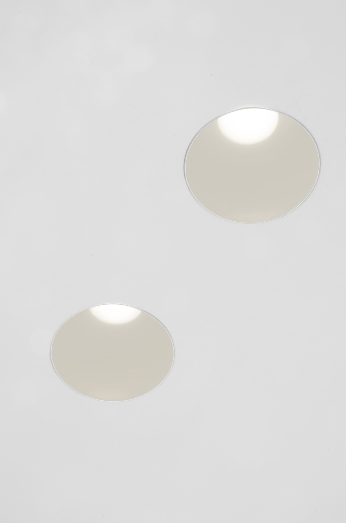 Easy Kap 80 Round Fixed Led Downlights Flos Architectural