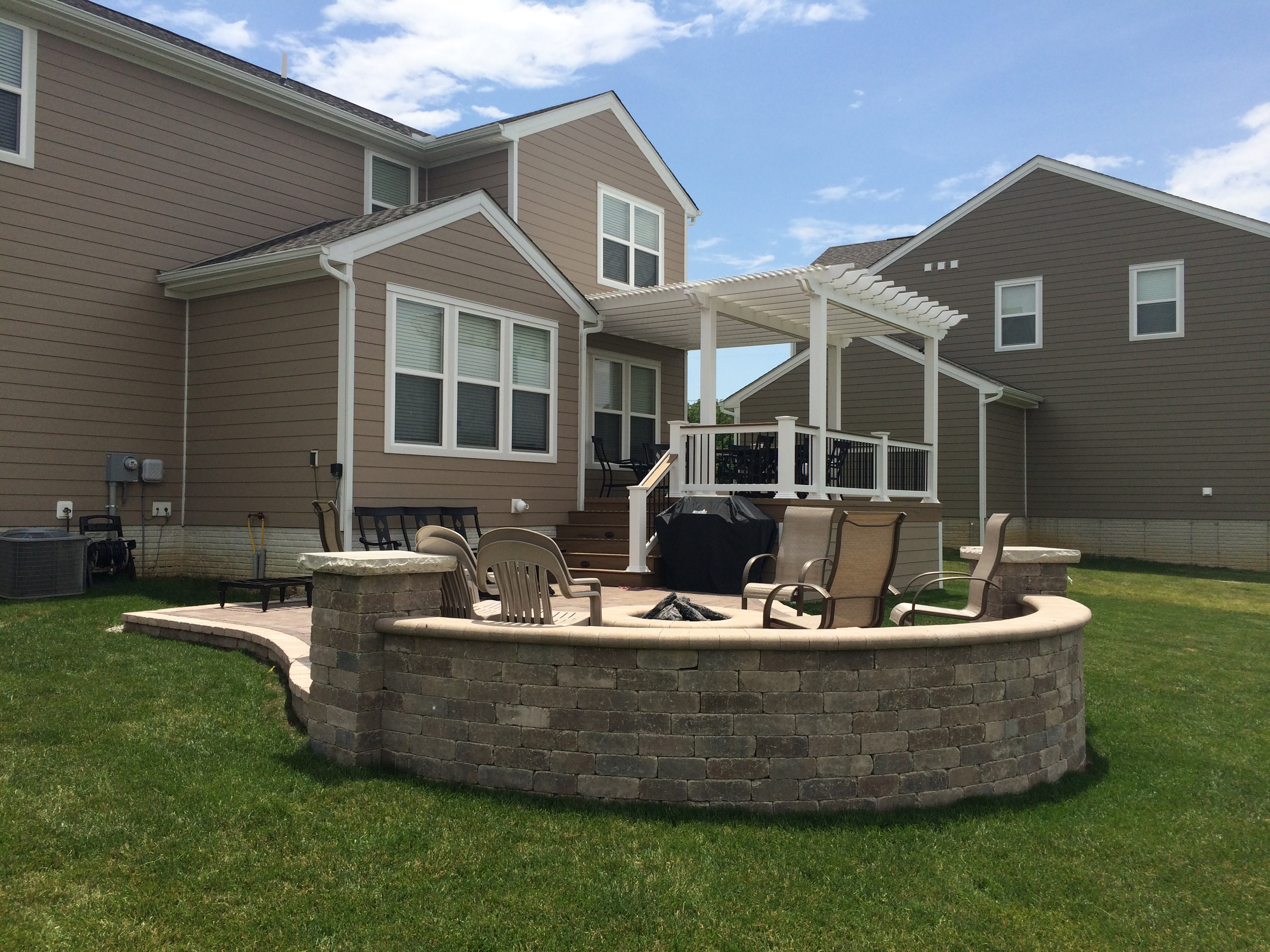 sunbury oh patio and deck combination