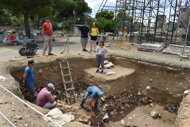 Archaeologists during an excavation in Epidavros, Greece.